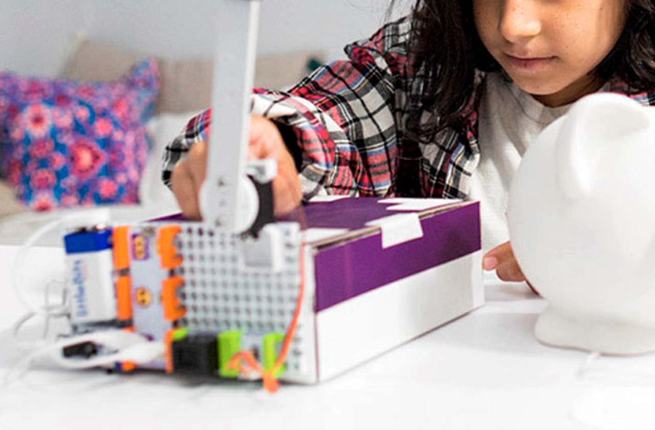 Stem Toys How To Inspire Your Kids Through Play Snap Circuits Green Energy Pro Littlebits Are Color Coded Modular That Together With Magnets And Help Learn Connect Power Sources Inputs Outputs